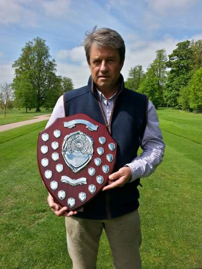Sponsors of the Dick Patrick Memorial Trophy: Fen Peas represented by Stephen Francis